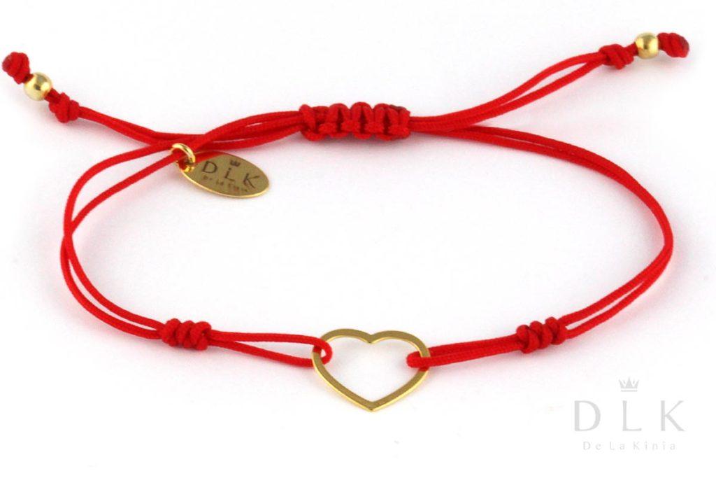 Bransoletka - Czerwony sznurek z sercem