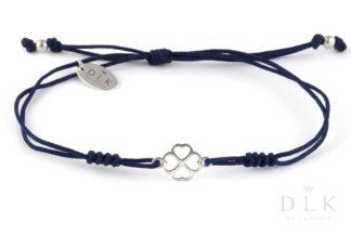 Bransoletka - Granatowy sznurek z koniczynką w serduszka