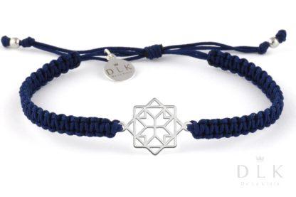 Bransoletka ze sznurka - Granatowa makrama z geometrycznym łącznikiem