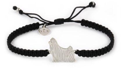 Kolekcja Rasy psów - Bransoletka z yorkshire terrier srebrnym na czarnej makramie
