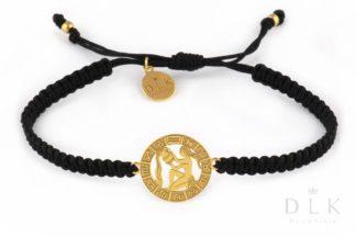 Bransoletka ze znakiem zodiaku WODNIK złoty na czarnej makramie