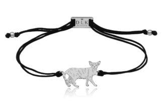 Bransoletka z kotem orientalnym srebrnym na sznurku